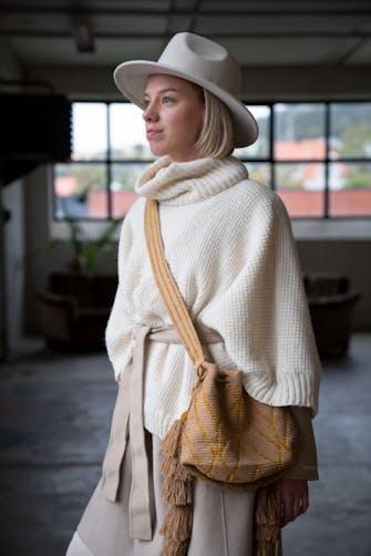 Florence poncho & halstubeDSA 105-11